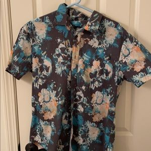 Short sleeve O'Neil button down shirt